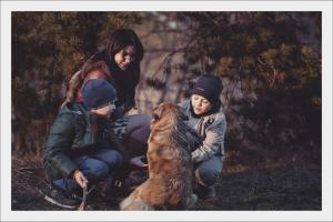 Kutyabarát-Karácsony- gyerekekkel